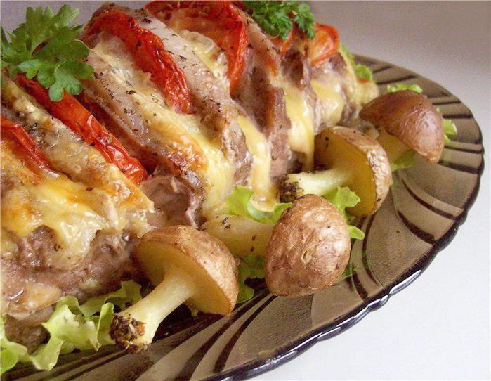 Говядина с сыром и помидорами в духовке рецепт с пошагово